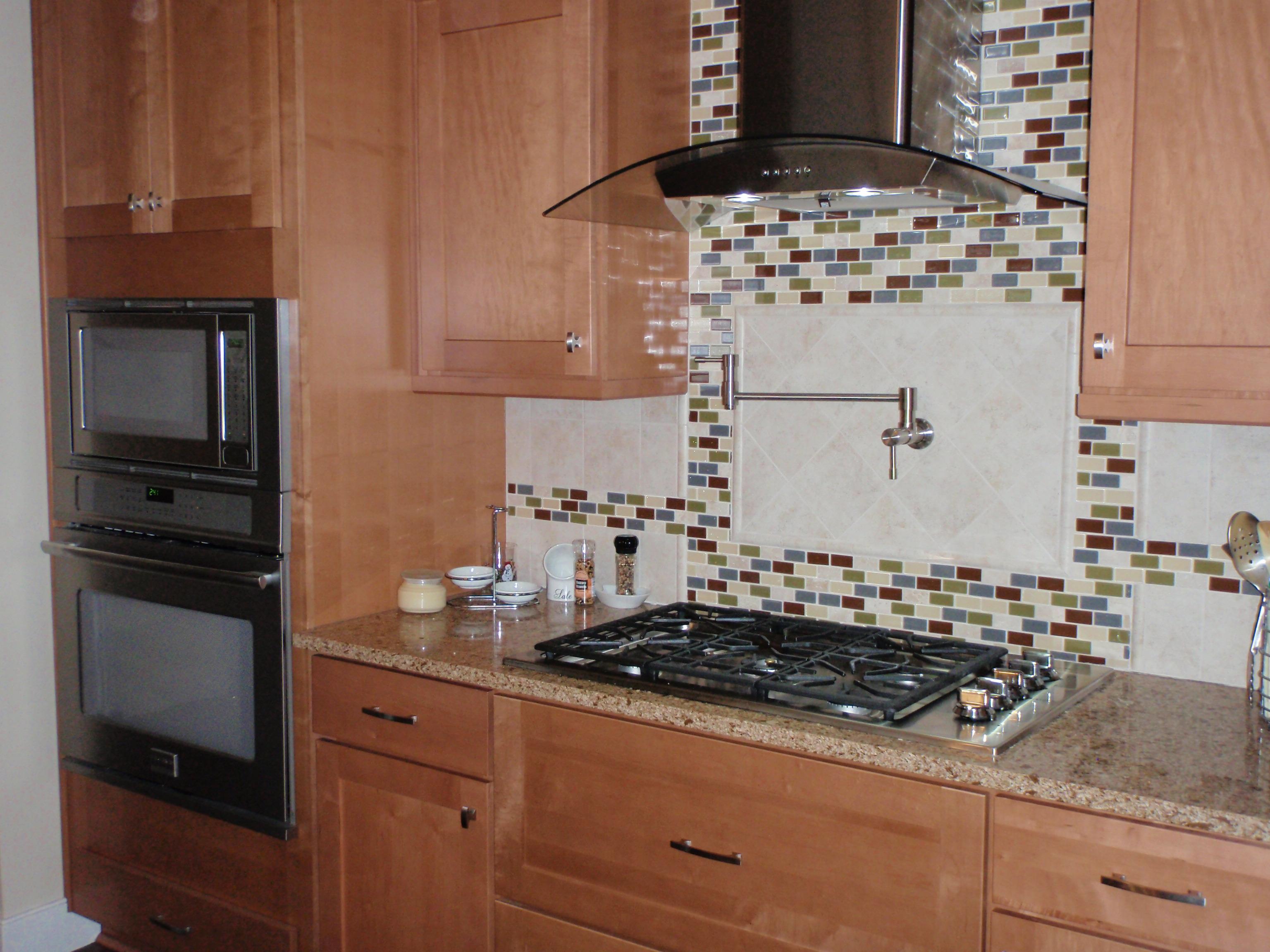 28 Kitchen Island Wall Modern Red Beige Kitchen